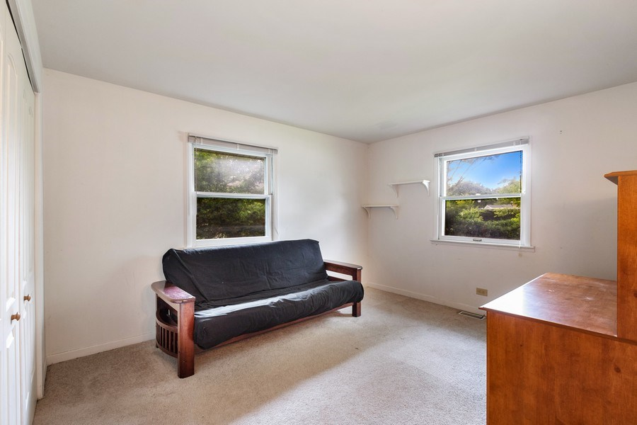 Real Estate Photography - 103 Wildwood Rd, Elk Grove Village, IL, 60007 - 2nd Bedroom