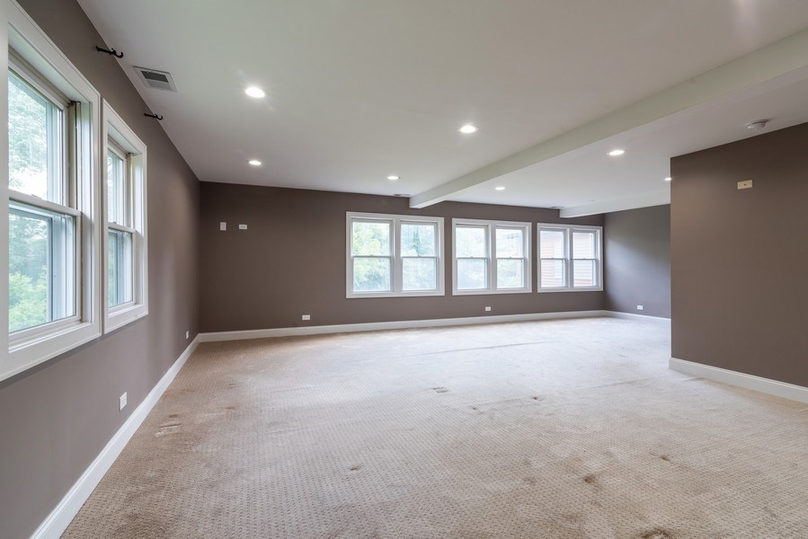 Real Estate Photography - 2150 New Willow Road, Northfield, IL, 60093 - Master Bedroom