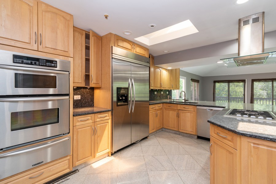Real Estate Photography - 2150 New Willow Road, Northfield, IL, 60093 - Kitchen
