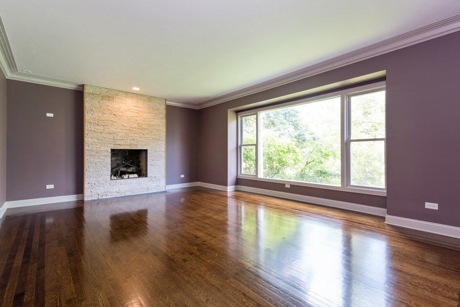 Real Estate Photography - 2150 New Willow Road, Northfield, IL, 60093 - Family Room