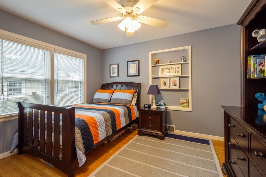 Real Estate Photography - 605 S Mitchell Ave, Arlington Heights, IL, 60005 - 3rd Bedroom