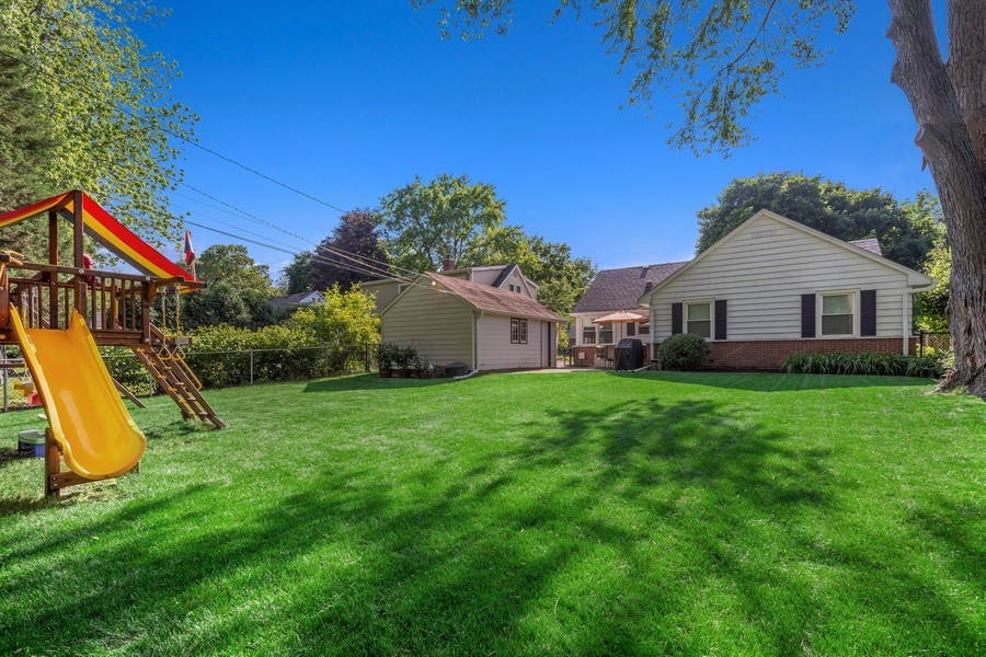 Real Estate Photography - 605 S Mitchell Ave, Arlington Heights, IL, 60005 - Rear View