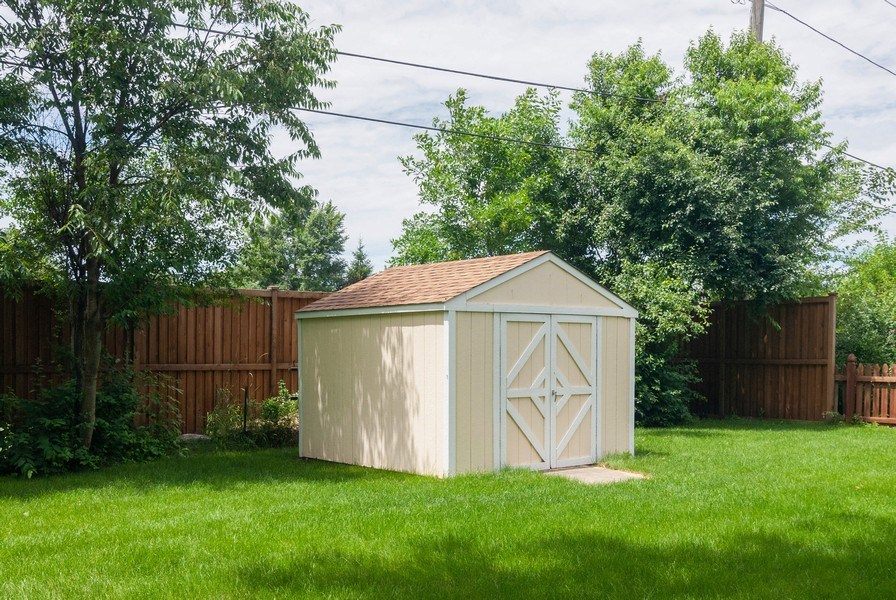 Real Estate Photography - 801 Whitlock, Aurora, IL, 60506 - Back Yard