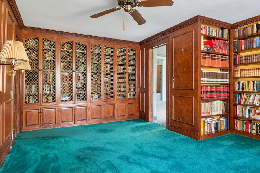 Real Estate Photography - 421 Courtland, Park Ridge, IL, 60068 - Library
