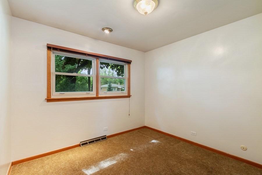 Real Estate Photography - 530 Cambridge Rd, Des Plaines, IL, 60016 - 3rd Bedroom