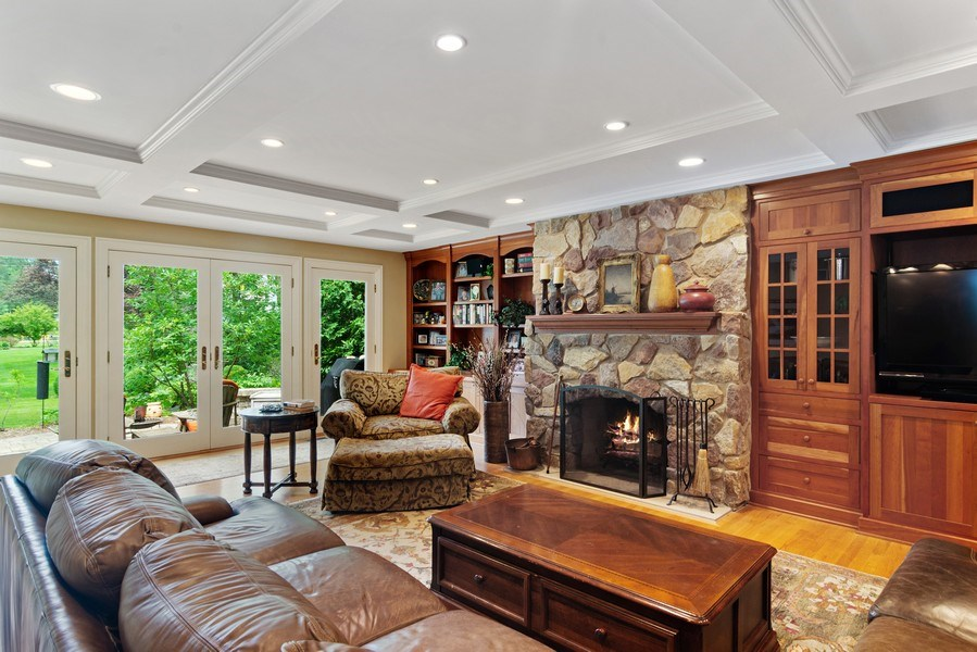 Real Estate Photography - 730 E Hawthorne, Arlington Heights, IL, 60004 - Family Room