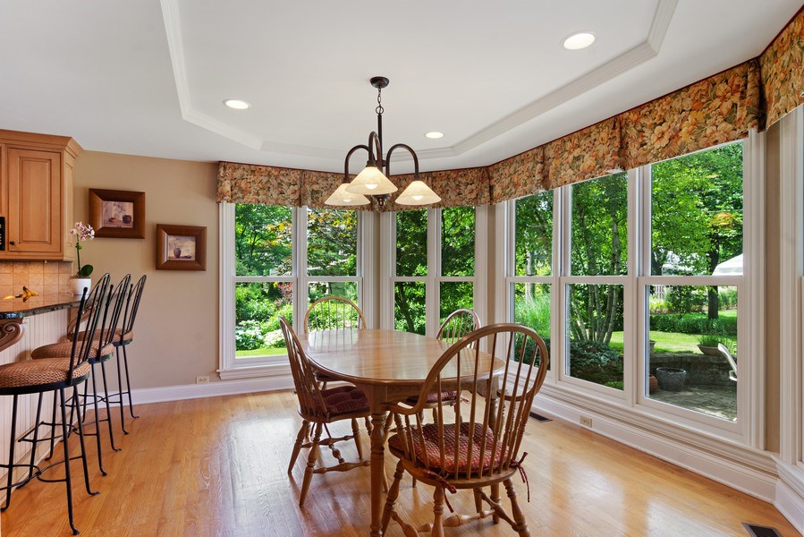 Real Estate Photography - 730 E Hawthorne, Arlington Heights, IL, 60004 - Sunny Eating Area