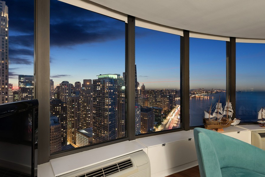 Real Estate Photography - 505 N. Lake Shore Drive, Unit 4802, Chicago, IL, 60611 - Evening View