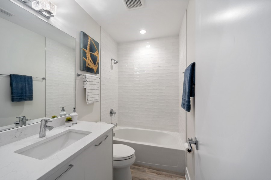 Real Estate Photography - 1220 W. Ohio #2, chicago, IL, 60642 - Bathroom
