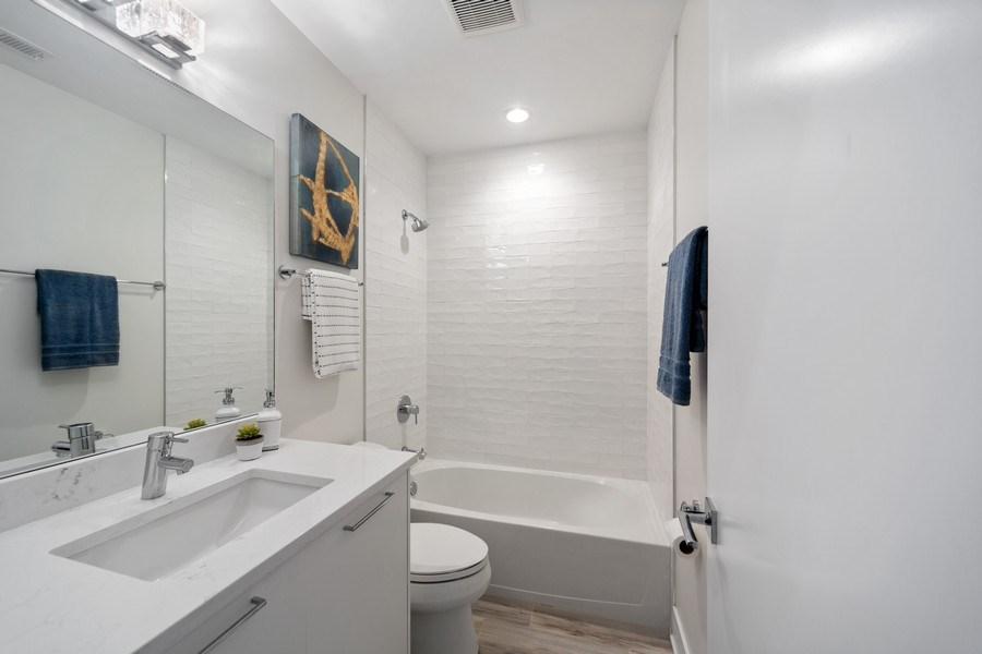 Real Estate Photography - 1220 W. Ohio #2, chicago, IL, 60642 - Bathroom