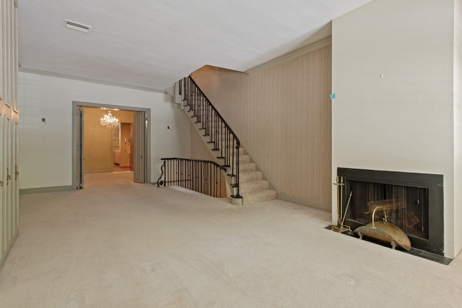 Real Estate Photography - 30 E. Scott St., Chicago, IL, 60610 - Living Room