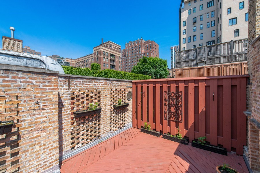 Real Estate Photography - 30 E. Scott St., Chicago, IL, 60610 - Roof Deck