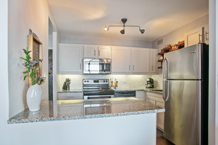Real Estate Photography - 3930 N. Pine Grove, 2213, Chicago, IL, 60614 - Kitchen