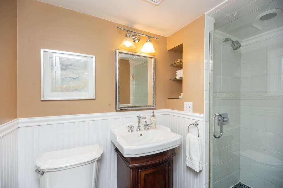 Real Estate Photography - 617 S Belmont Ave, Arlington Heights, IL, 60005 - Master Bathroom