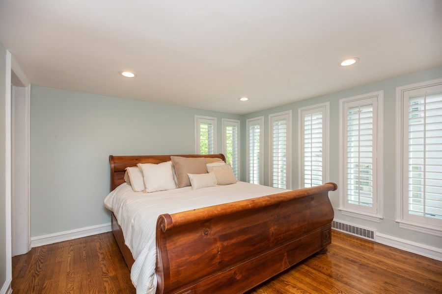 Real Estate Photography - 617 S Belmont Ave, Arlington Heights, IL, 60005 - Master Bedroom