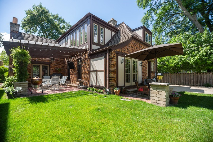 Real Estate Photography - 617 S Belmont Ave, Arlington Heights, IL, 60005 - Patio