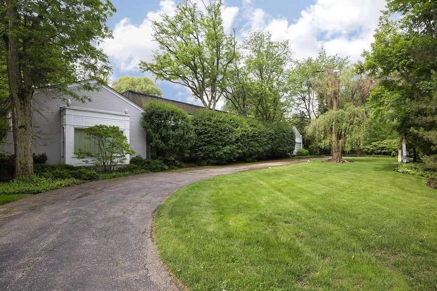Real Estate Photography - 79 Woodley Road, Winnetka, IL, 60093 - Front View