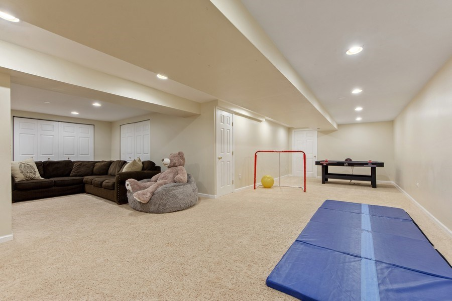 Real Estate Photography - 2162 N Charter Point, Arlington Heights, IL, 60004 - Basement