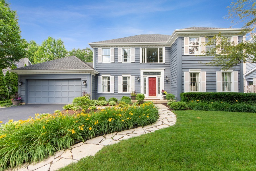 Real Estate Photography - 2162 N Charter Point, Arlington Heights, IL, 60004 - Front View