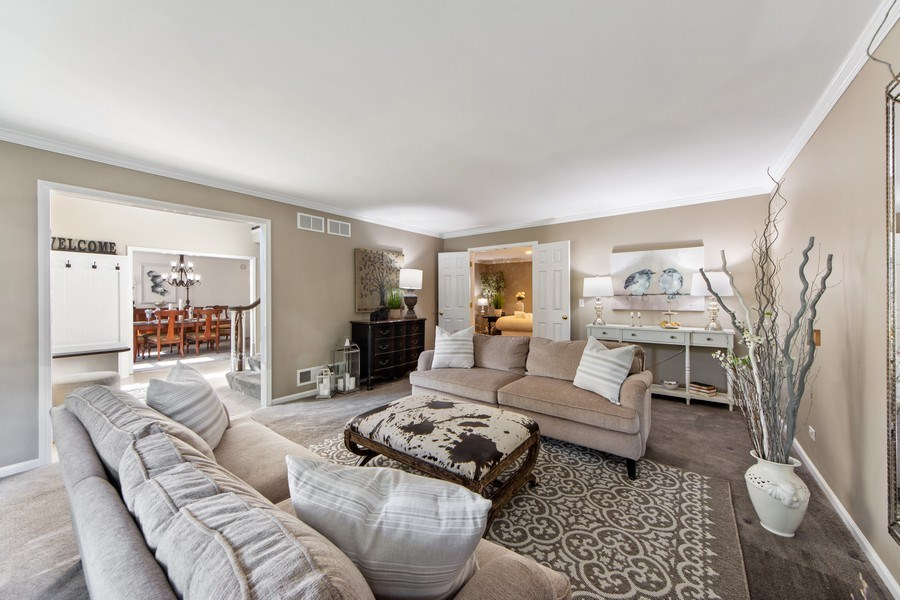 Real Estate Photography - 2162 N Charter Point, Arlington Heights, IL, 60004 - Living Room / Dining Room