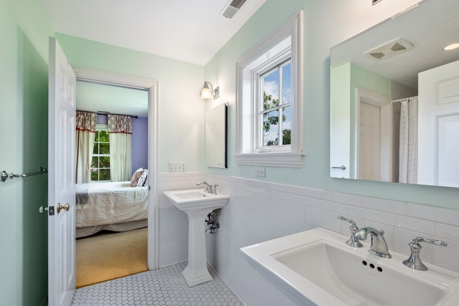 Real Estate Photography - 455 Landreth Ln, Northfield, IL, 60093 - 3rd Bathroom