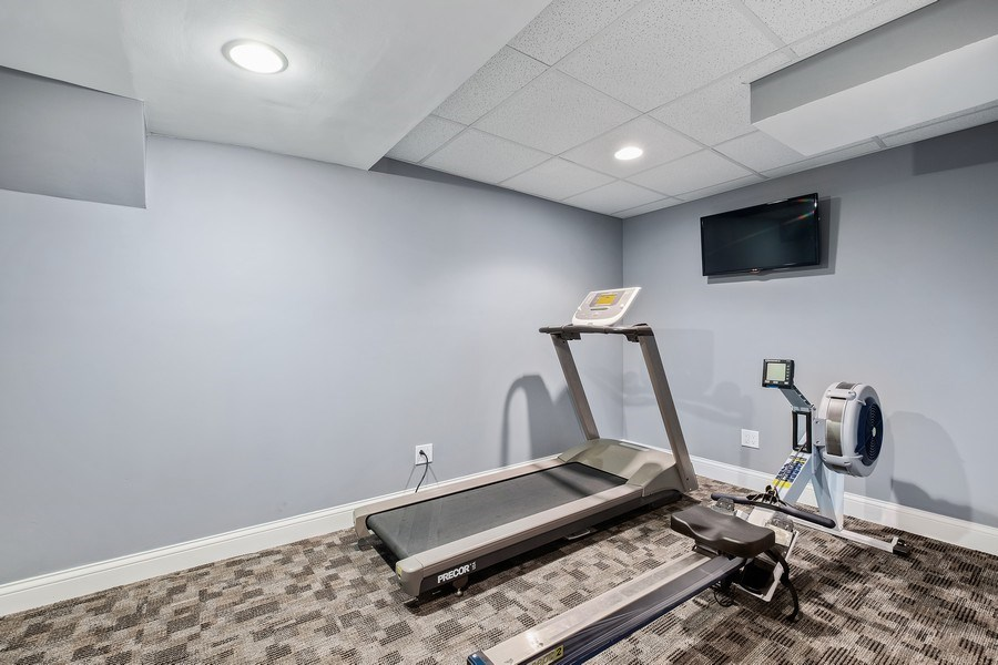 Real Estate Photography - 455 Landreth Ln, Northfield, IL, 60093 - Exercise Room