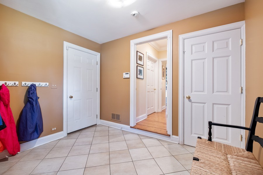 Real Estate Photography - 455 Landreth Ln, Northfield, IL, 60093 - Mudroom