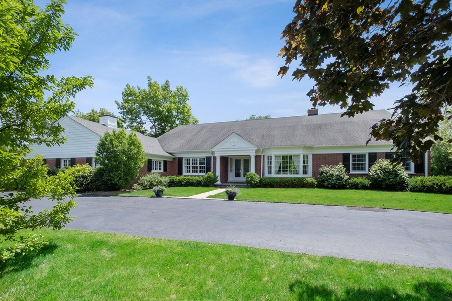 Real Estate Photography - 455 Landreth Ln, Northfield, IL, 60093 - Front View