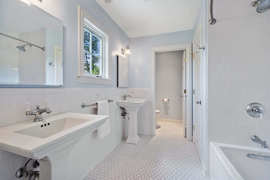 Real Estate Photography - 455 Landreth Ln, Northfield, IL, 60093 - 2nd Bathroom
