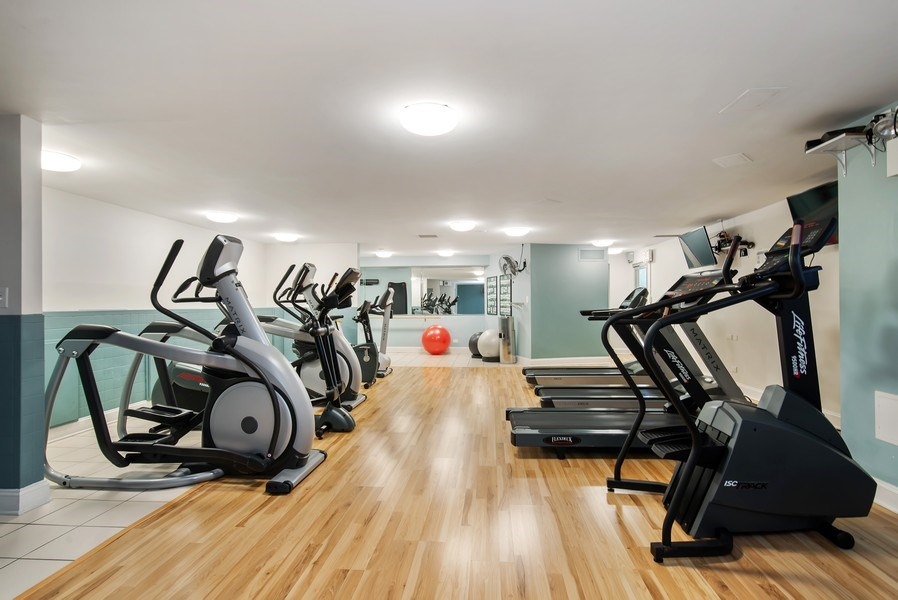 Real Estate Photography - 3600 N Lake Shore Dr, Unit 2812, Chicago, IL, 60613 - Exercise Room