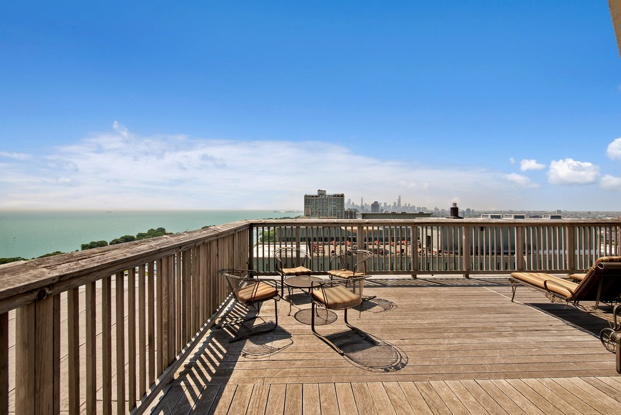 Real Estate Photography - 3600 N Lake Shore Dr, Unit 2812, Chicago, IL, 60613 -