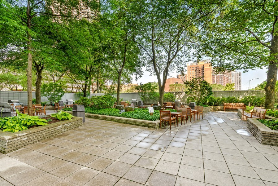 Real Estate Photography - 3600 N Lake Shore Dr, Unit 2812, Chicago, IL, 60613 - Patio