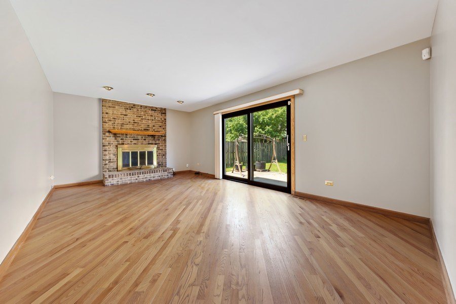 Real Estate Photography - 1908 Brighton Place, Arlington Heights, IL, 60004 - Family Room