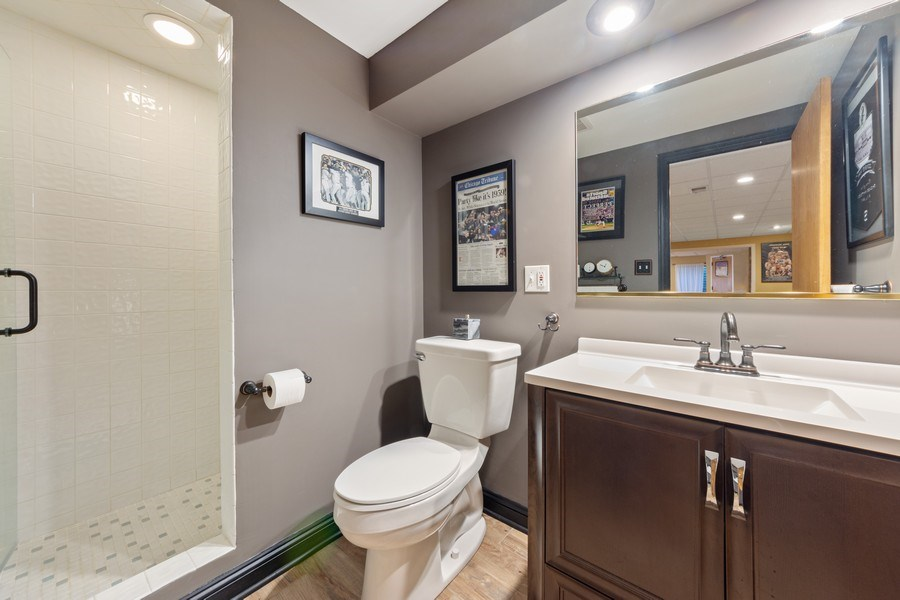 Real Estate Photography - 1709 Clarence, Arlington Heights, IL, 60004 - 4th Bathroom