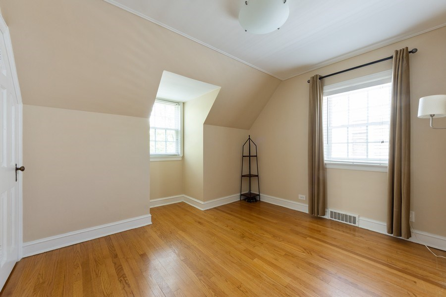 Real Estate Photography - 25 N Knight Ave, Park Ridge, IL, 60068 - 3rd Bedroom