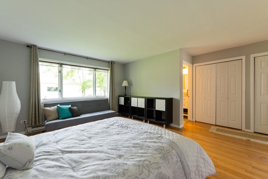 Real Estate Photography - 25 N Knight Ave, Park Ridge, IL, 60068 - Master Bedroom