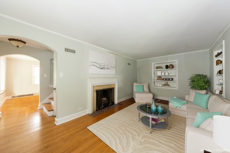 Real Estate Photography - 25 N Knight Ave, Park Ridge, IL, 60068 - Living Room / Dining Room