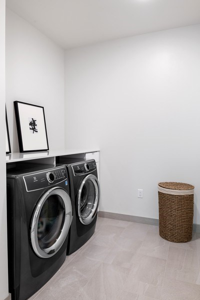Real Estate Photography - 61 E Banks St, Chicago, IL, 60610 - Laundry Room