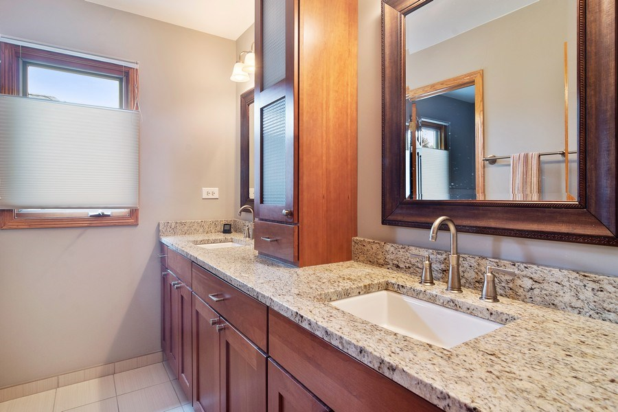 Real Estate Photography - 18 S Louis St, Mount Prospect, IL, 60056 - 2nd Full Bath for Bedrooms 2 & 3