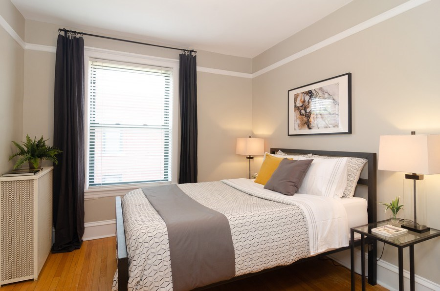 Real Estate Photography - 828 W LAKESIDE PLACE 3S, Chicago, IL, 60640 - 1st Bedroom