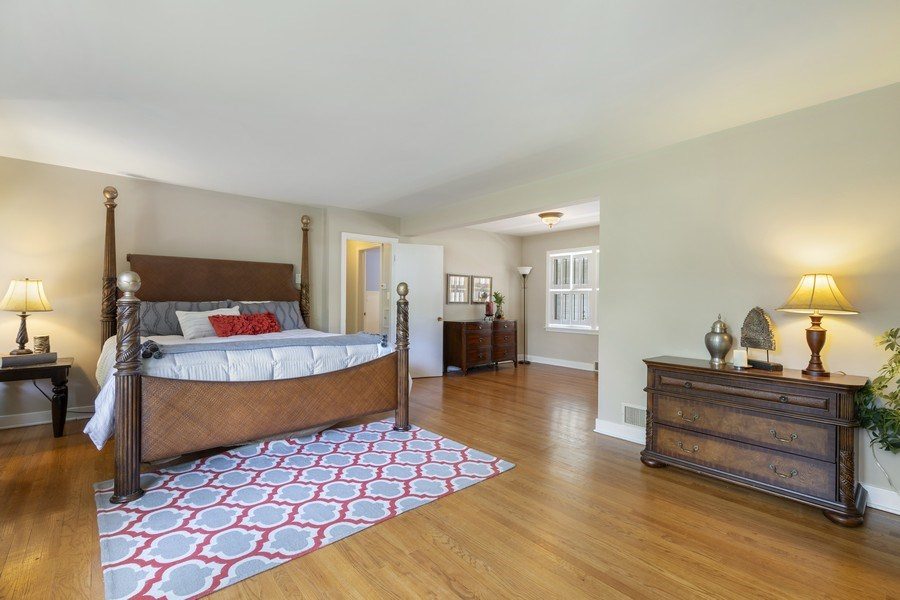 Real Estate Photography - 2830 W Bonnie Brook Ln, Waukegan, IL, 60087 - Master Bedroom