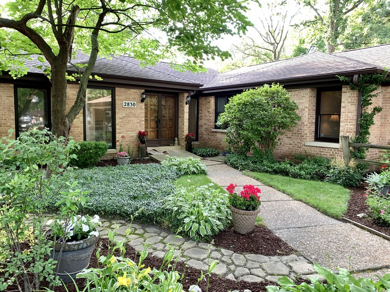 Real Estate Photography - 2830 W Bonnie Brook Ln, Waukegan, IL, 60087 -