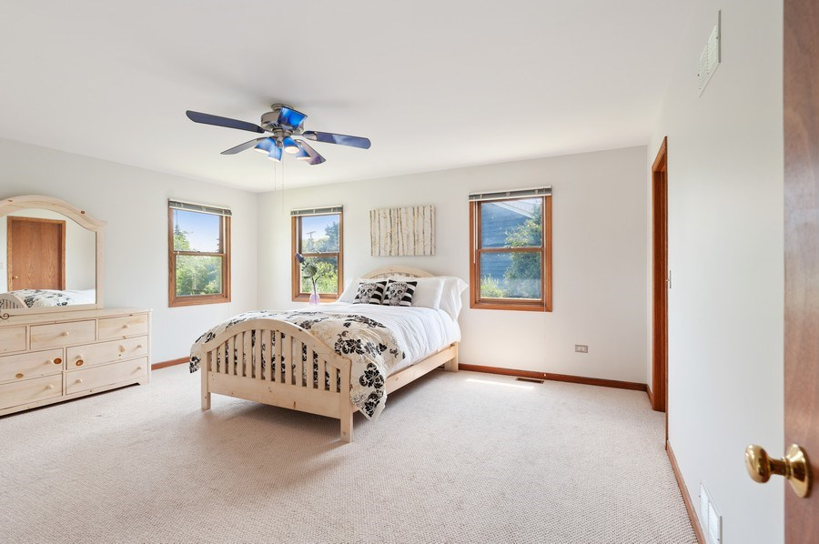 Real Estate Photography - 104 W Trail, Grayslake, IL, 60030 - 3rd Bedroom
