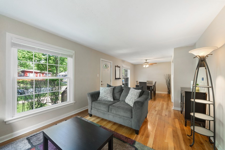 Real Estate Photography - 1761 locust, Des Plaines, IL, 60018 - Living Room