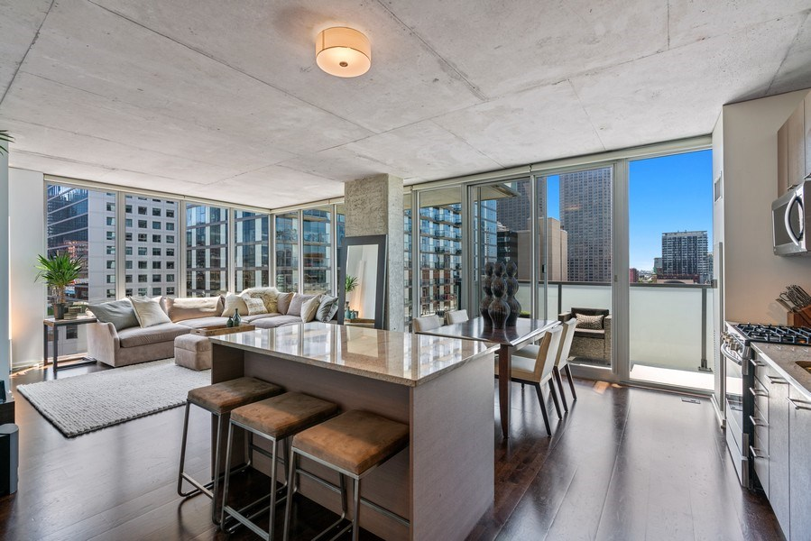 Real Estate Photography - 659 W Randolph, Unit 920, Chicago, IL, 60661 - Living Room