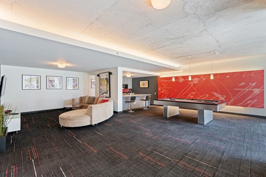 Real Estate Photography - 659 W Randolph, Unit 920, Chicago, IL, 60661 - Location 1