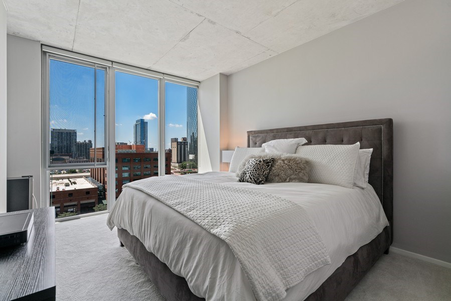Real Estate Photography - 659 W Randolph, Unit 920, Chicago, IL, 60661 - Master Bedroom