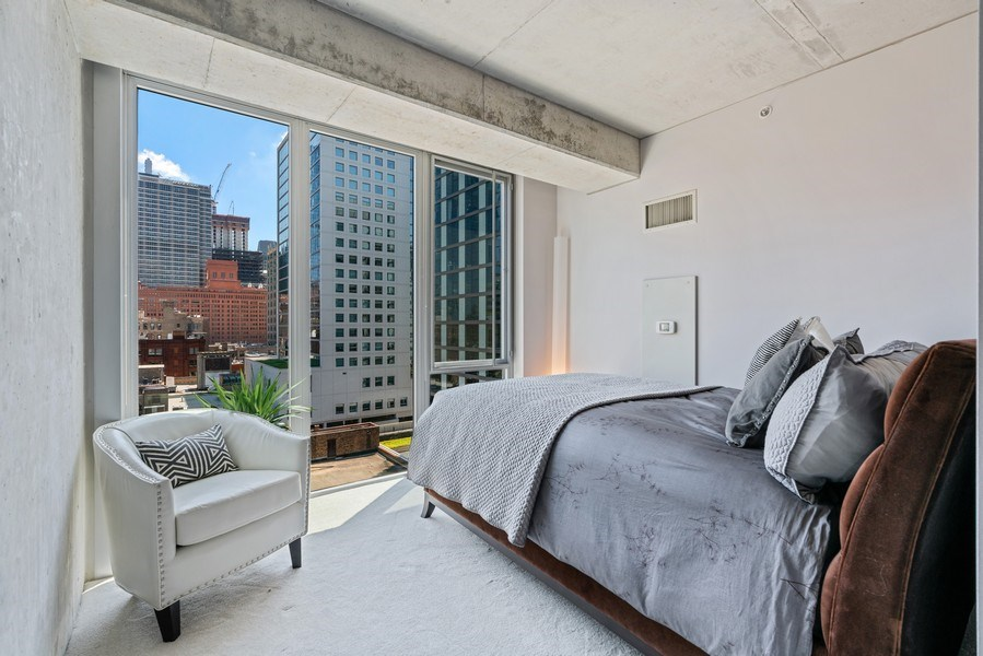 Real Estate Photography - 659 W Randolph, Unit 920, Chicago, IL, 60661 - 2nd Bedroom