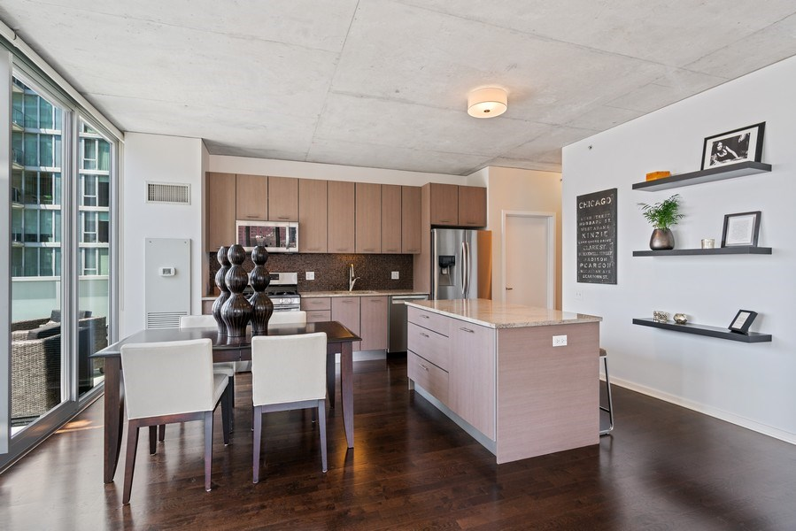 Real Estate Photography - 659 W Randolph, Unit 920, Chicago, IL, 60661 - Dining Area