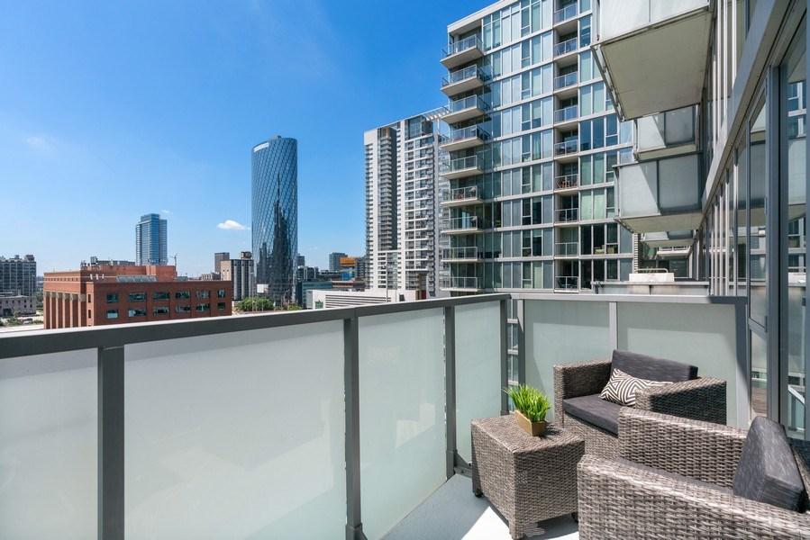 Real Estate Photography - 659 W Randolph, Unit 920, Chicago, IL, 60661 - Balcony